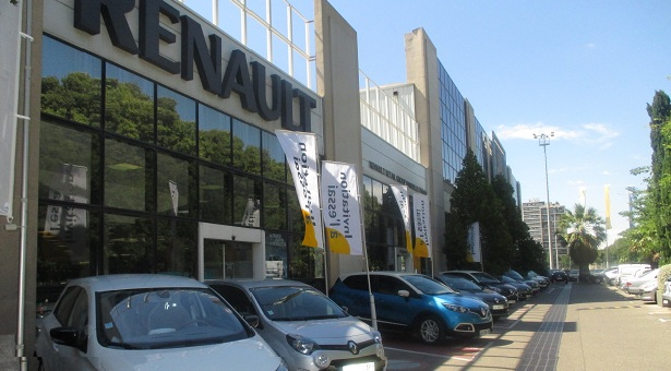 Marseille michelet renault retail group for Garage renault la rochelle boulevard sautel
