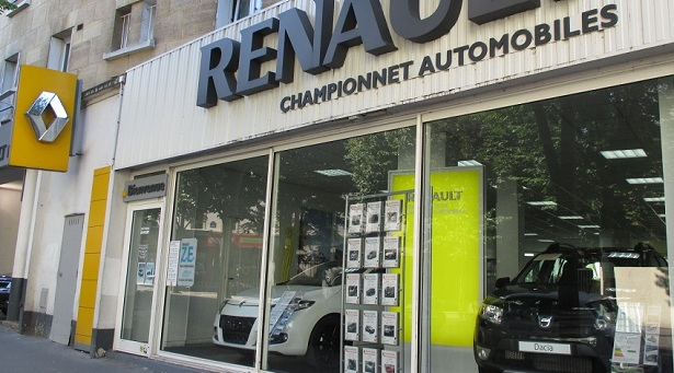 paris championnet renault retail group. Black Bedroom Furniture Sets. Home Design Ideas